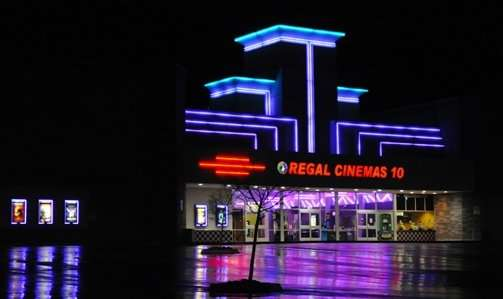 Sonora California Movie Theater - Stadium 10